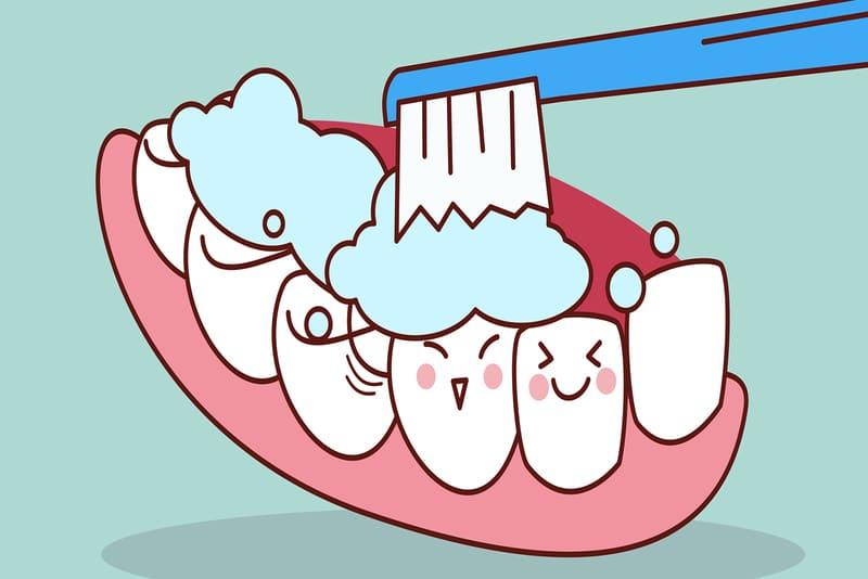 Đánh răng sai cách là nguyên nhân hình thành mảng bám (ảnh minh họa)